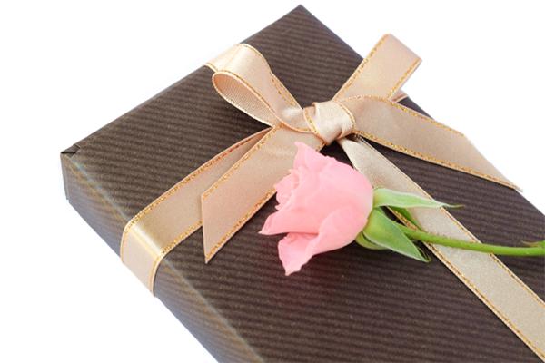 両親に喜ばれるプレゼントおすすめ16選